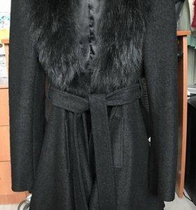 Пальто черное на весну-осень