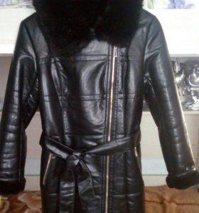 Кожаный тёплый плащ 48р с капюшоном и сапоги 39 р