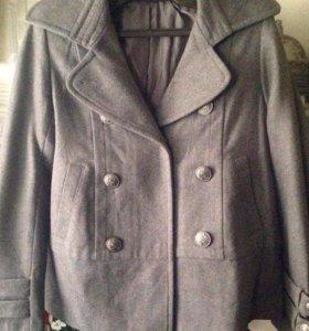 Демисезонное новое пальто