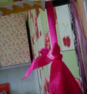 Декоративная вешалка