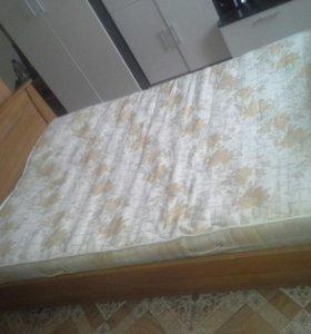 Кровать с матрацом