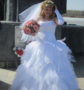 свадебное платье р-р46-50