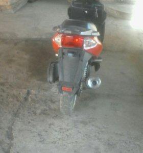 Скутер соник 150