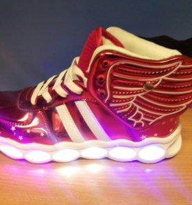 Кроссовки со светодиодами