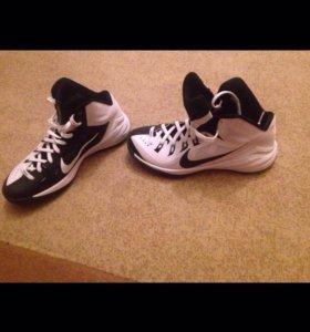 Оригинальные Кроссовки Nike.