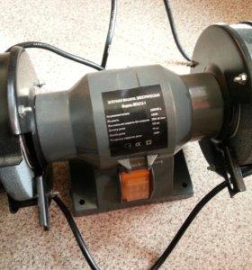 Заточная машина электрическая