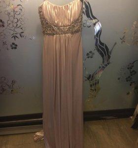 Золотое платье шлейф