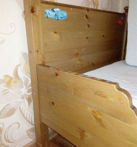 Раздвижная детская кровать.