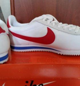 Оригенальные Nike Corteze