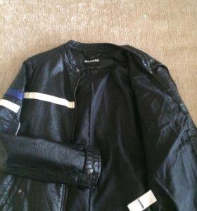Кожаная куртка для мальчика