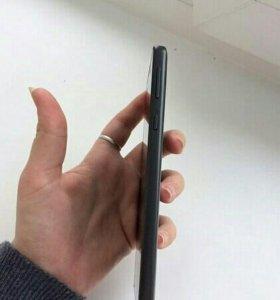 Продам Sony Xperia E5