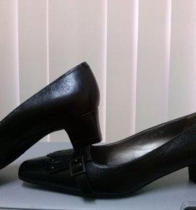 Туфли (кожа)39р