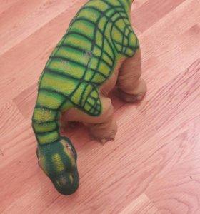 Динозавр Pleo