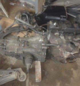 Двигатель с коробкой(механика) от Ауди 80В3.
