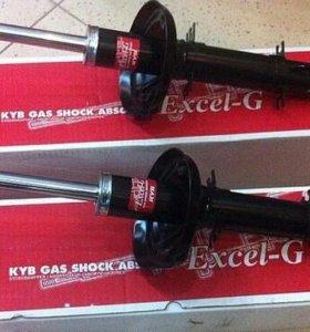 Продам Kayaba 335808 Стойка амортизационная газ