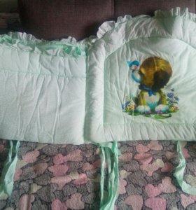 Бортики в кроватку+ простыня на резинке
