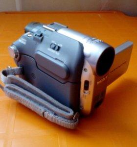 Видеокамера sony DCR HC19E miniDV