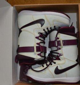 Ботинки сноубордические nike zoom force 1