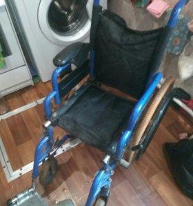 Инвалидная коляска (детская)
