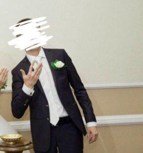 Свадебный костюм ,рубашка,галстук,бутаньерка