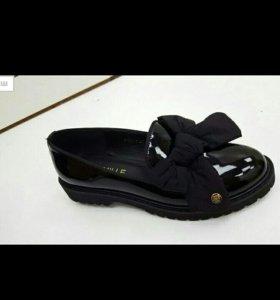 очень красивые туфельки!!! новые!!! в наличии 37