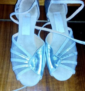 Бальные туфли