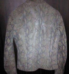 Куртка хс-с ,кожа