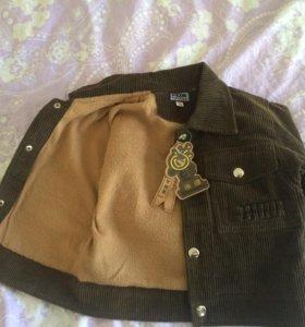 Курточка на весну новая р 86