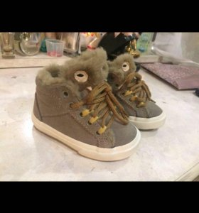 Новые (Zara) ботинки