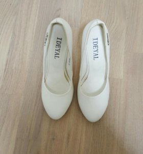 Туфли белые б/у 1 раз
