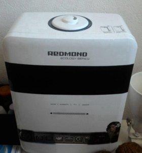 Увлажнитель воздуха Redmond 3315