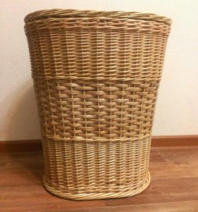 Плетеная корзина для белья