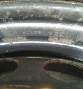 Колеса Michelin 195*65*15, липучки.