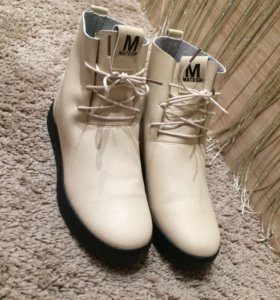 Обувь осенний новый .