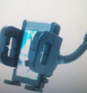 Держатели телефона и зарядные устройства