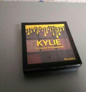Тени Kylie компактные 9 оттенков