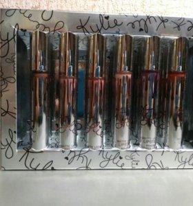 Подарочный набор из 12 матовых блесков