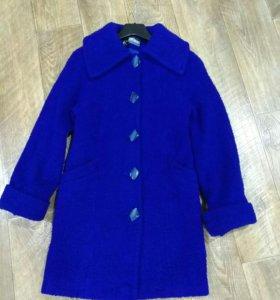 Классное весенние пальто р.40-42