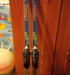 Лыжи детские +ботинки.