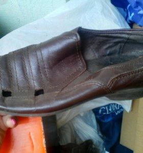 Продаются туфли на мальчика