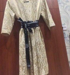 Бежевое платье, СРОЧНО!!!