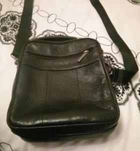 Кожанная сумка через плечо