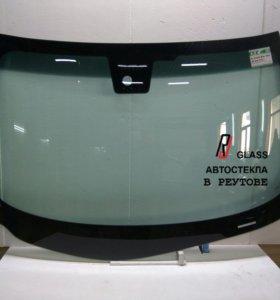 Лобовое стекло Инфинити М25  М35 М37х