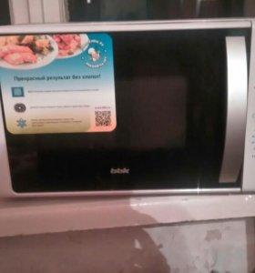 """Микроволновая печь """"bbk"""" , новая"""