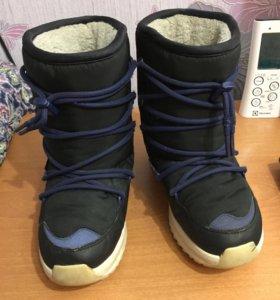 Зимние сапоги Adidas на мальчика 33 размер