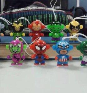 Коллекция игрушек Kinder Marvel супергерои