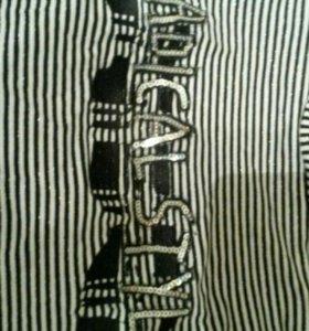 Туника в черно белую полоску с надписью сзади