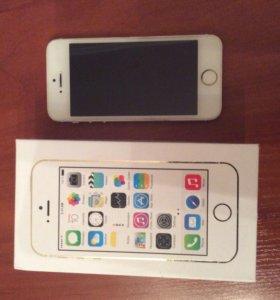 iPhone 5s 32 GB в отличном состоянии.