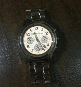 Часы жениские Michael Kors