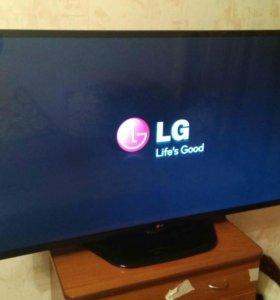 ЖК-телевизор LG диоганалью 127см
